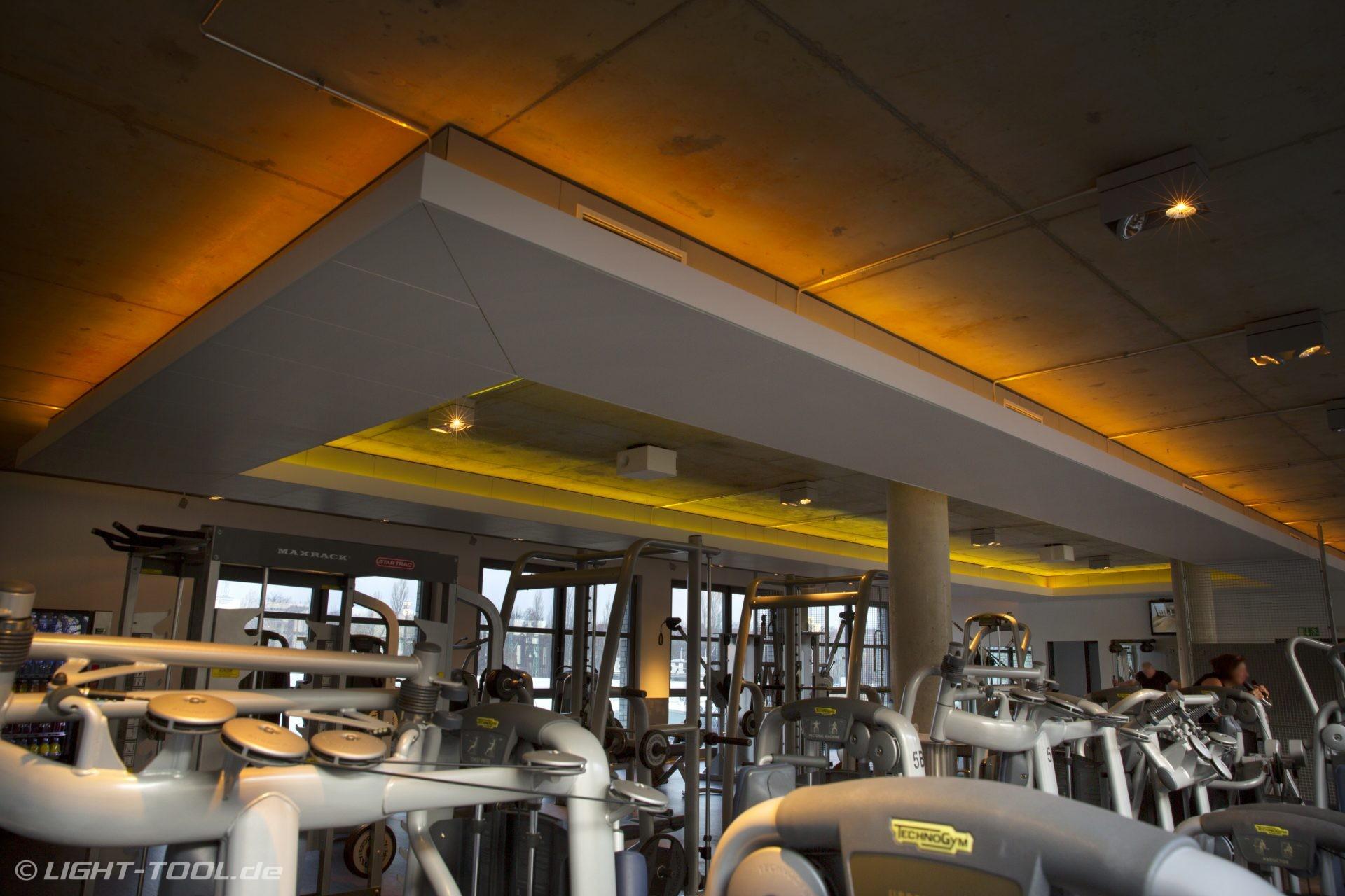 led rgbw vouten und ambientebeleuchtung im fitnessstudio aspria spa berlin light tool. Black Bedroom Furniture Sets. Home Design Ideas